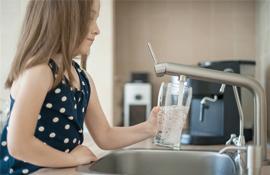 e-Water natürliches Trinkwasser